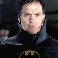 Michael Keaton como Bruce Wayne en el set de The Flash