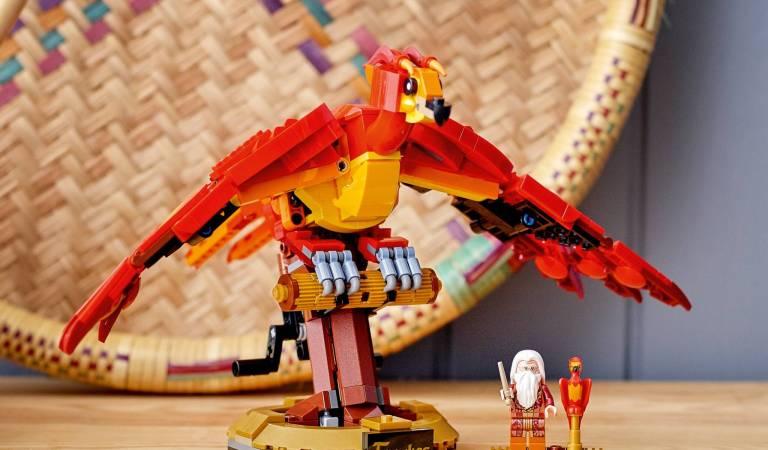 LEGO lanza figura de Fawkes, el fénix de Dumbledore