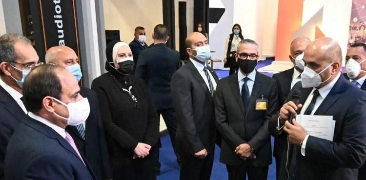اتصالات مصر تعرض خدماتها للرئيس فى معرض القاهرة الدولي للاتصالات