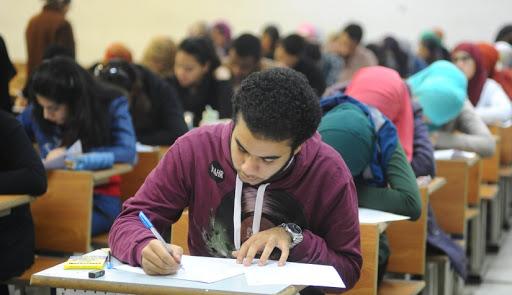 أول تعليق من الحكومة على إلغاء مجانية التعليم في مصر