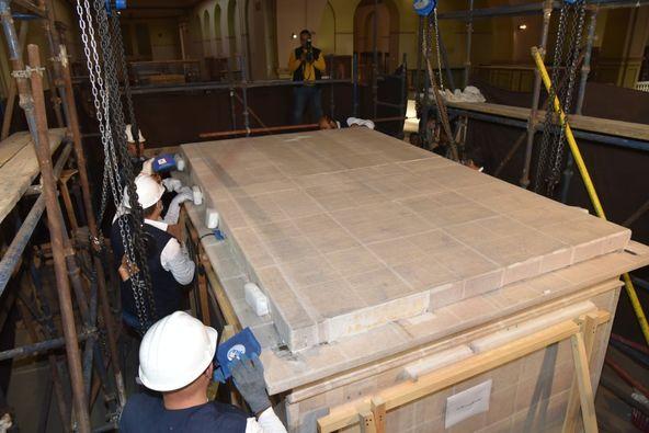 المتحف المصري الكبير يستقبل المقصورة الثالثة من مقاصير توت عنخ آمون: