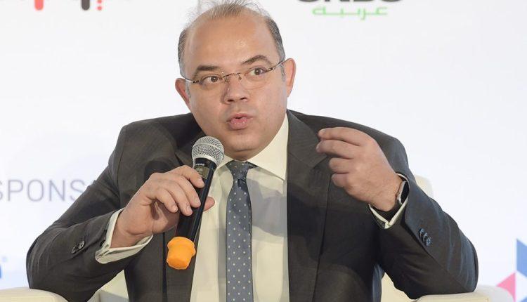 رئيس البورصة: نتواصل مع أندية كبري لشرح مزايا القيد والطرح في سوق المال
