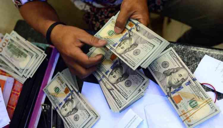 15.5 مليار دولار إجمالى تحويلات المصريين بالخارج بالنصف الاول 2020/2021