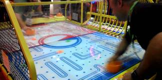 Pac Man Air Hockey
