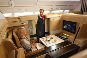 Alguna vez te has preguntado qué es la clase ejecutiva en los aviones?
