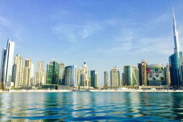 Racconti dagli Emirati Arabi Uniti