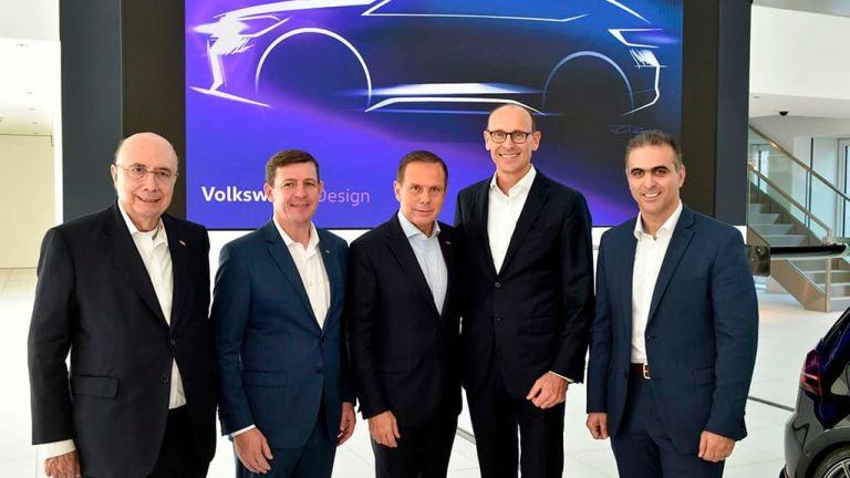 VW acelera investimentos em São Paulo e anuncia veículo inédito