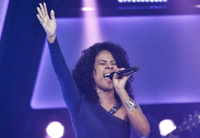 Kassia Marvila conquista os quatro técnicos no The Voice Brasil