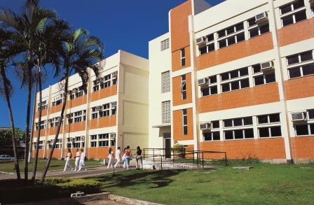 Ufes tem surto de caxumba em adultos e cinco estudantes são infectados