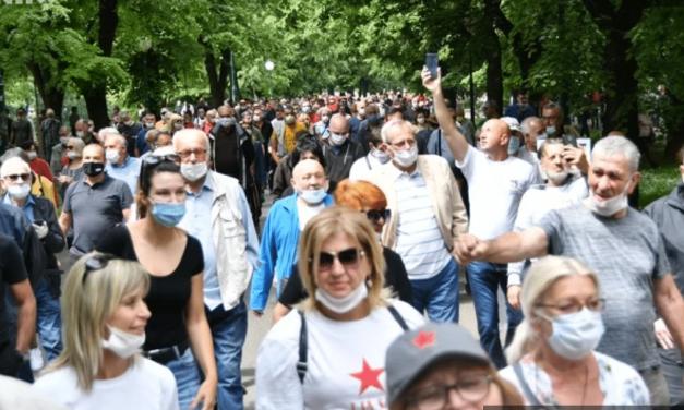 Sarajevo slavi partizanske zločine