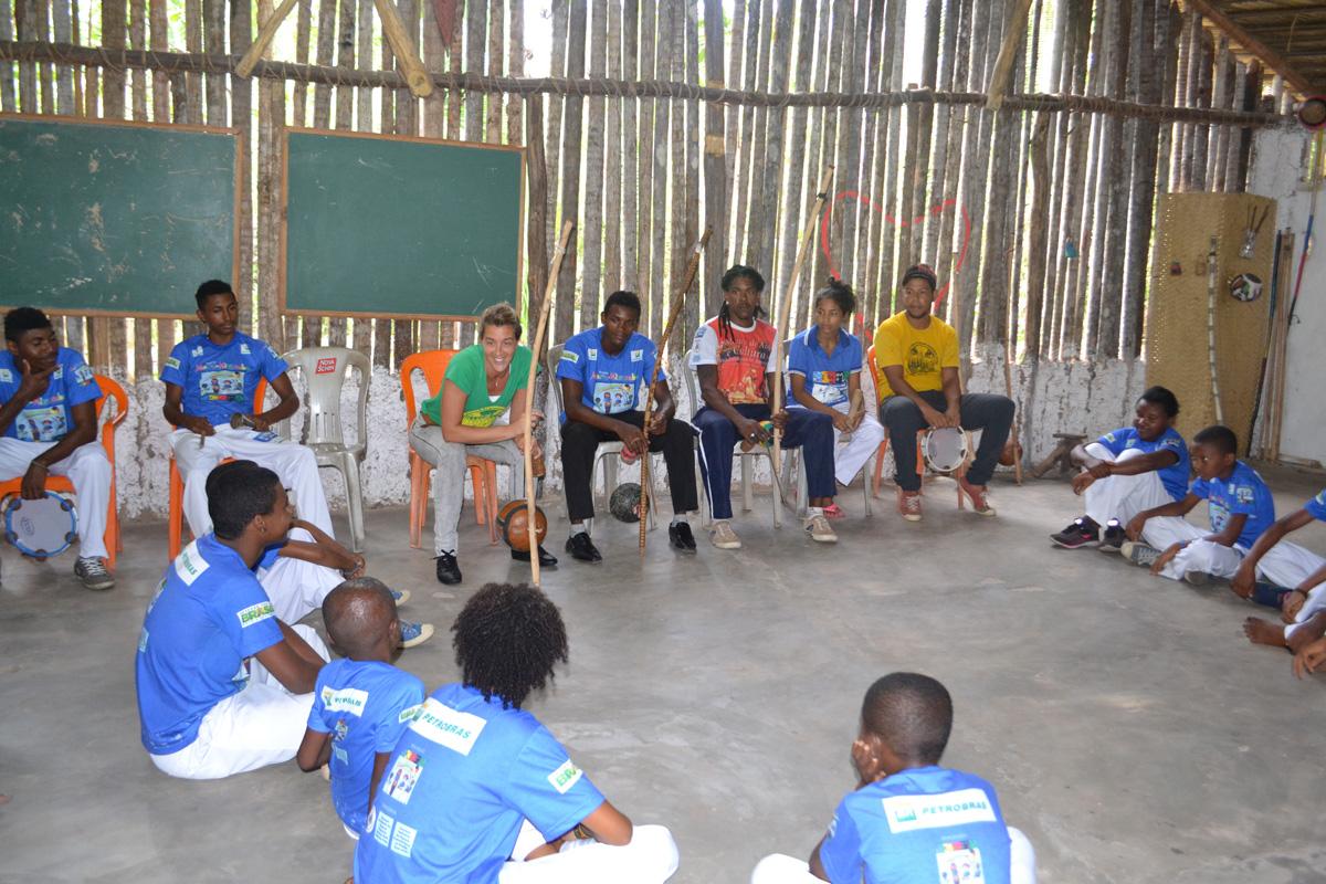 Lhistoire du groupe Capoeira Lille  Mestre Marcelo  lcole au Brsil