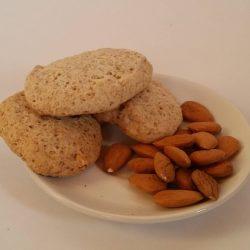 Biscotti rustici con le mandorle3€/sacchetto