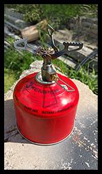 Aprilia Caponord ETV1000 Rally-Raid Motrag gas burner and canister