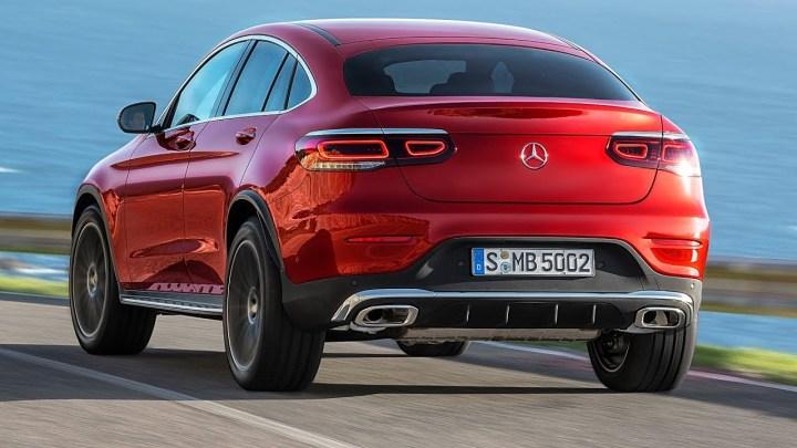 El Mercedes-Benz GLC Coupé 2020 se ha actualizado para mantener feliz a sus clientes