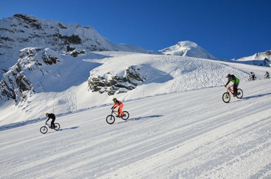 1716_glacier_Bike_2014
