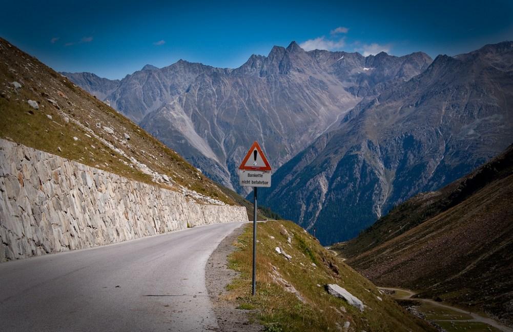 …tztaler Glacier Road