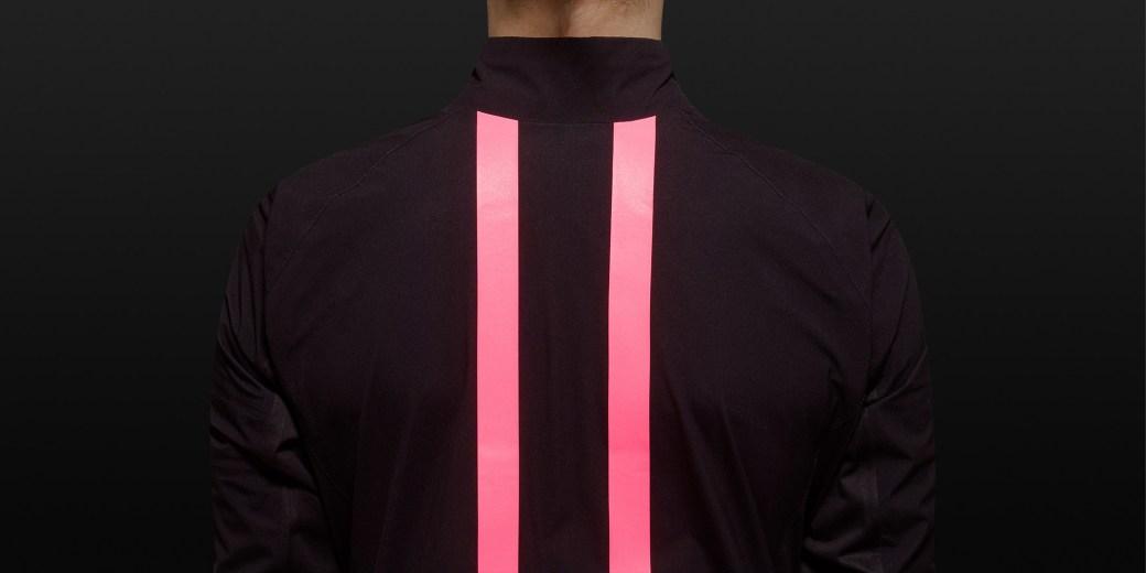 H1-16-SRJ01XX-Souplesse-Rain-Shell-Black-Pink-Detail-2-2