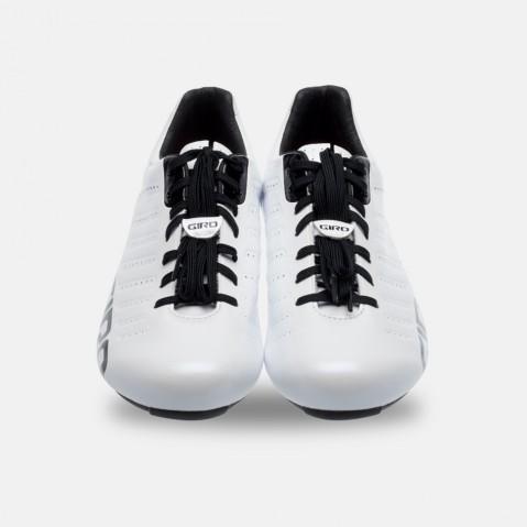 laces_black_front