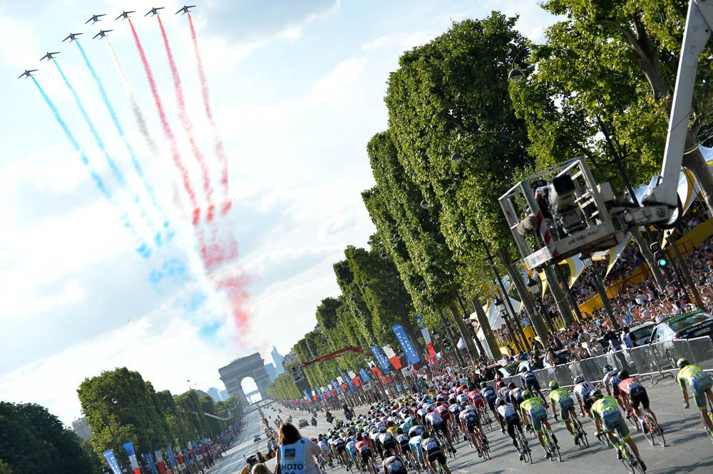 Tour de France 2016 - 24/07/2016 - Etape 21 - Chantilly / Paris Champs Elysées (113 km) - Parade de la patrouille de France
