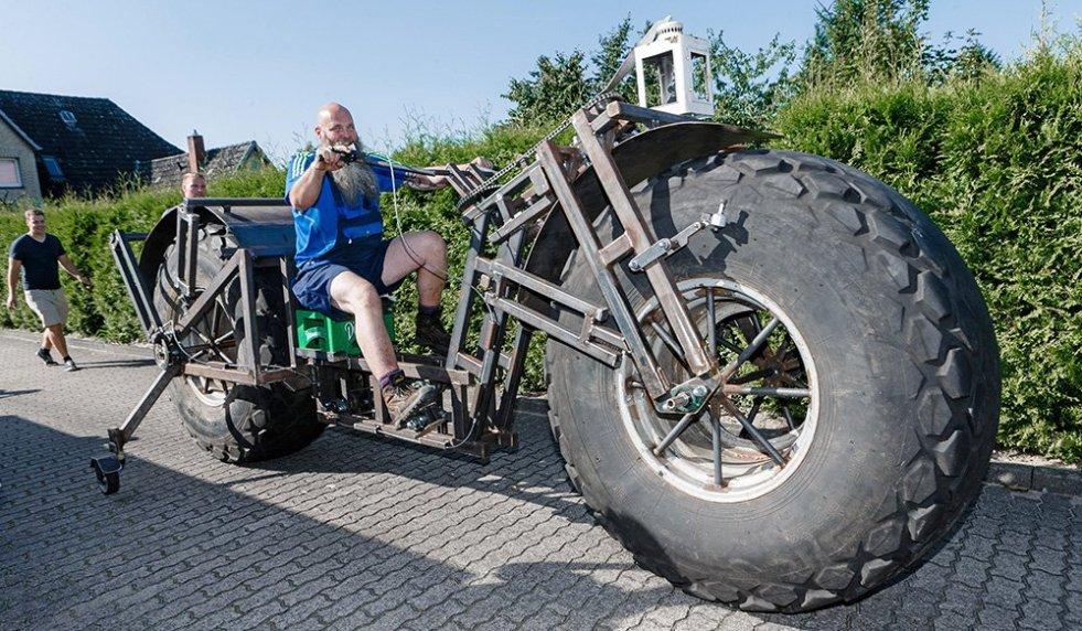 Germany-Big-Bike_Wake1
