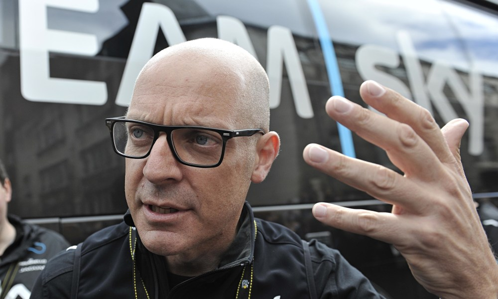 Sir Dave Brailsford is keen for France to emulate Britain's recent successes in the Tour de France.