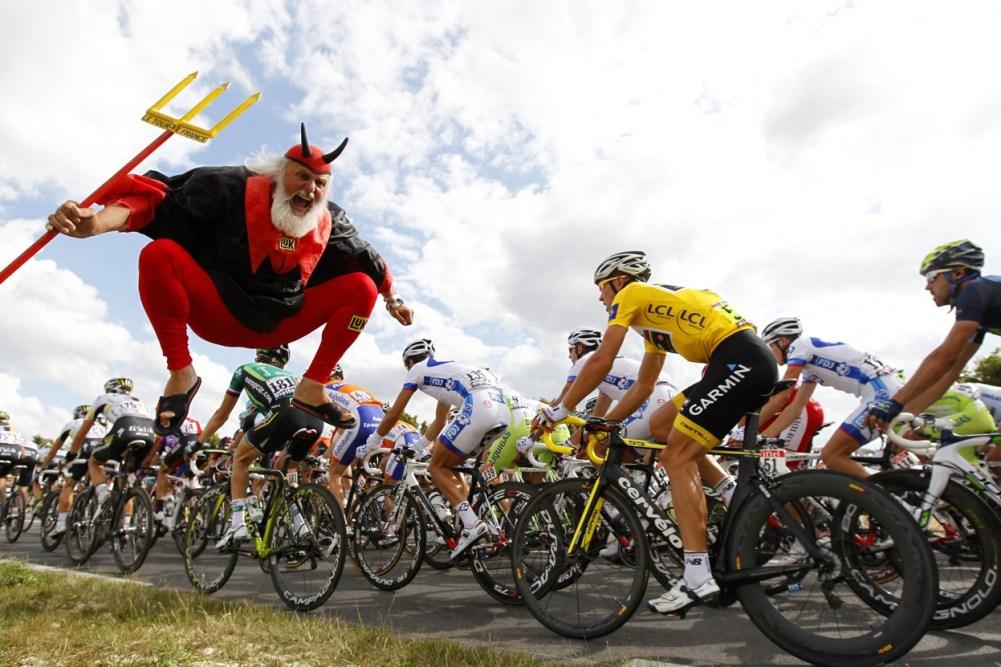 Tour-de-France-Devil-Didi-Diablo-01