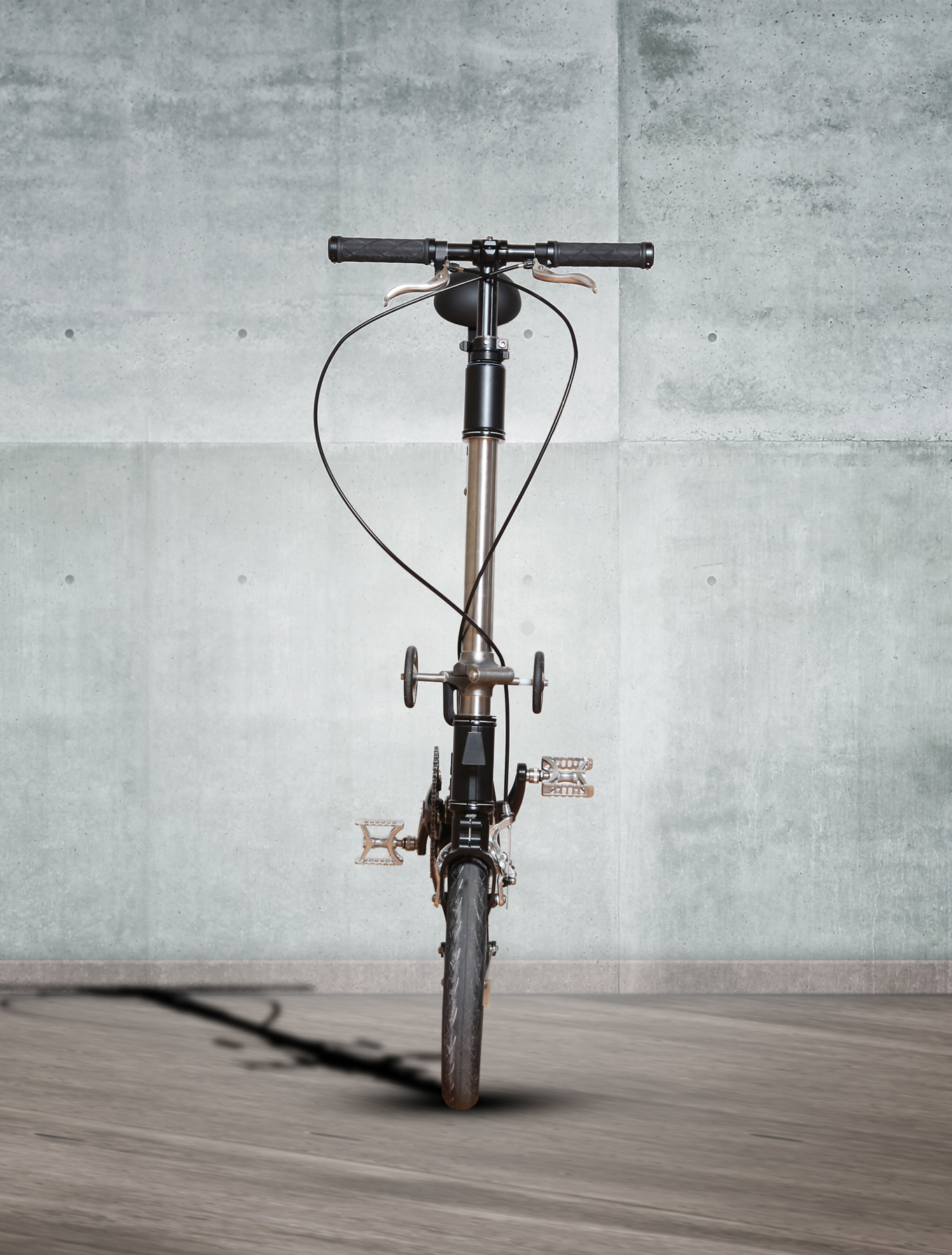 Capovelo Com Kwiggle The World S Smallest Folding Bike