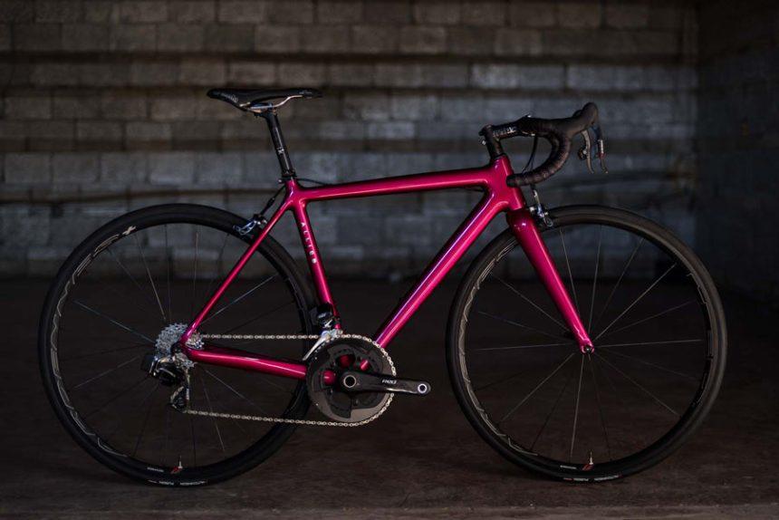 hia-velo-allied-cycles-echo-800g-custom-carbon-road-bike-3