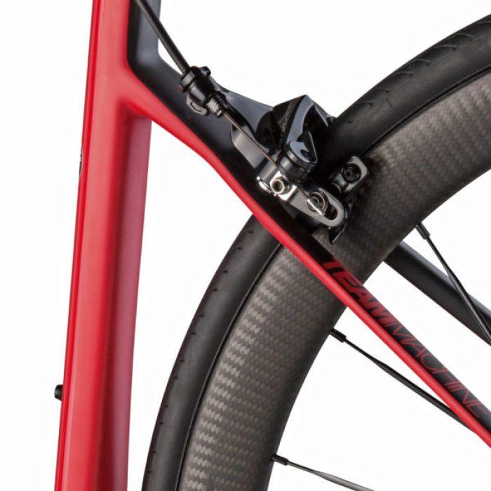BMC-Teammachine-SLR01_lightweight-carbon-rim-brake-race-road-bike_direct-mount-rear-rim-brake-600x600