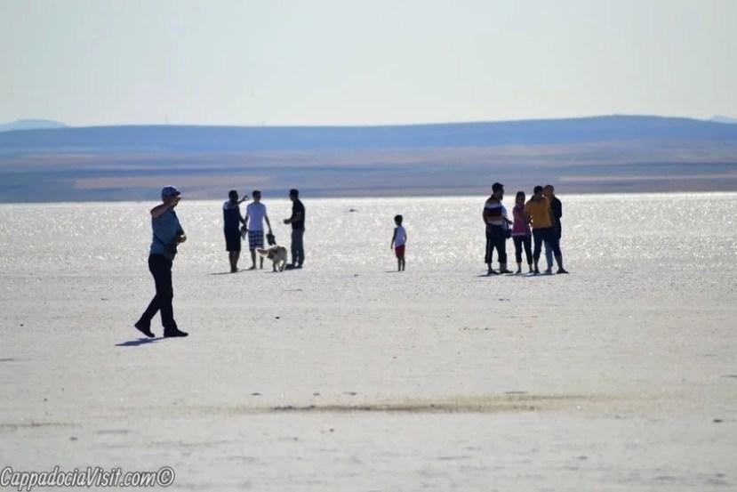 Прогулка по соленому озеру Туз