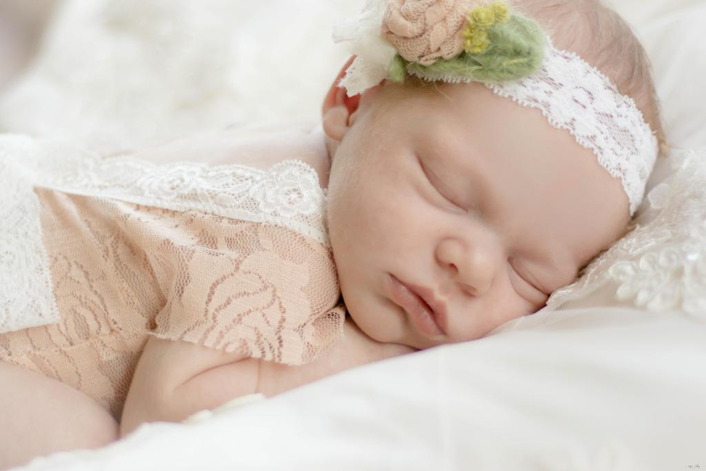 Newborn photographer baby photographer rochester ny portrait photography caprieverlyphotography