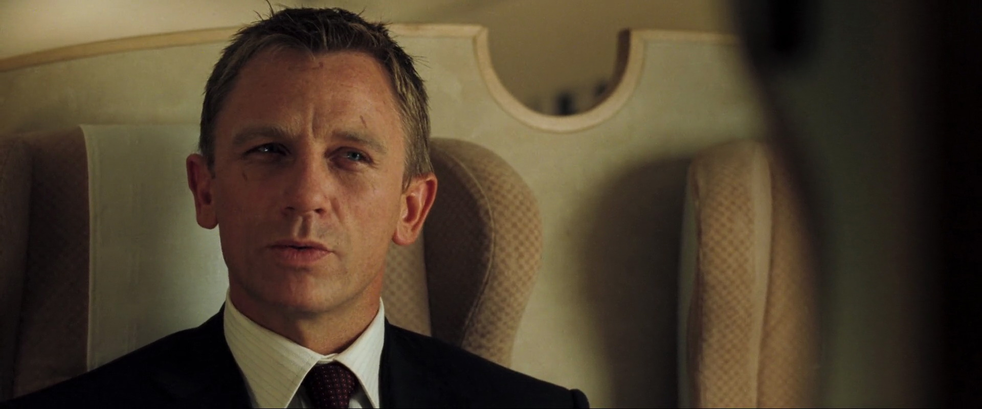 https://i0.wp.com/caps.pictures/200/6-casino-royale/full/casino-royale-movie-screencaps.com-7074.jpg?strip=all