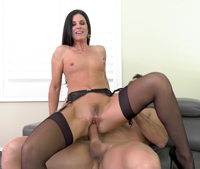 Sexy Brunette Milf India Summer Takes Multiple Cocks At Once
