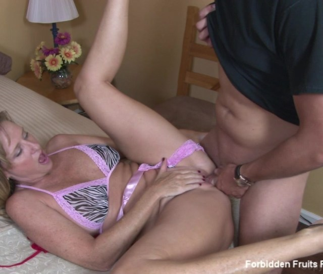 Jodi West Tries On Some New Clothes She Got To Wear For Her Husband And Shows Her Step Son And He Gets So Horny They Have To Fuck Starring Jodi West