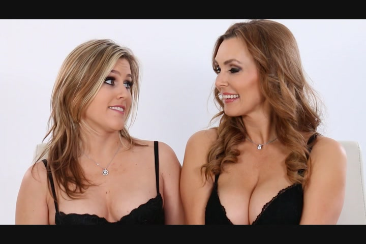 Super Sexy Women Sasha Heart and Tanya Tate Get it On Starring:  Sasha Heart  Tanya Tate