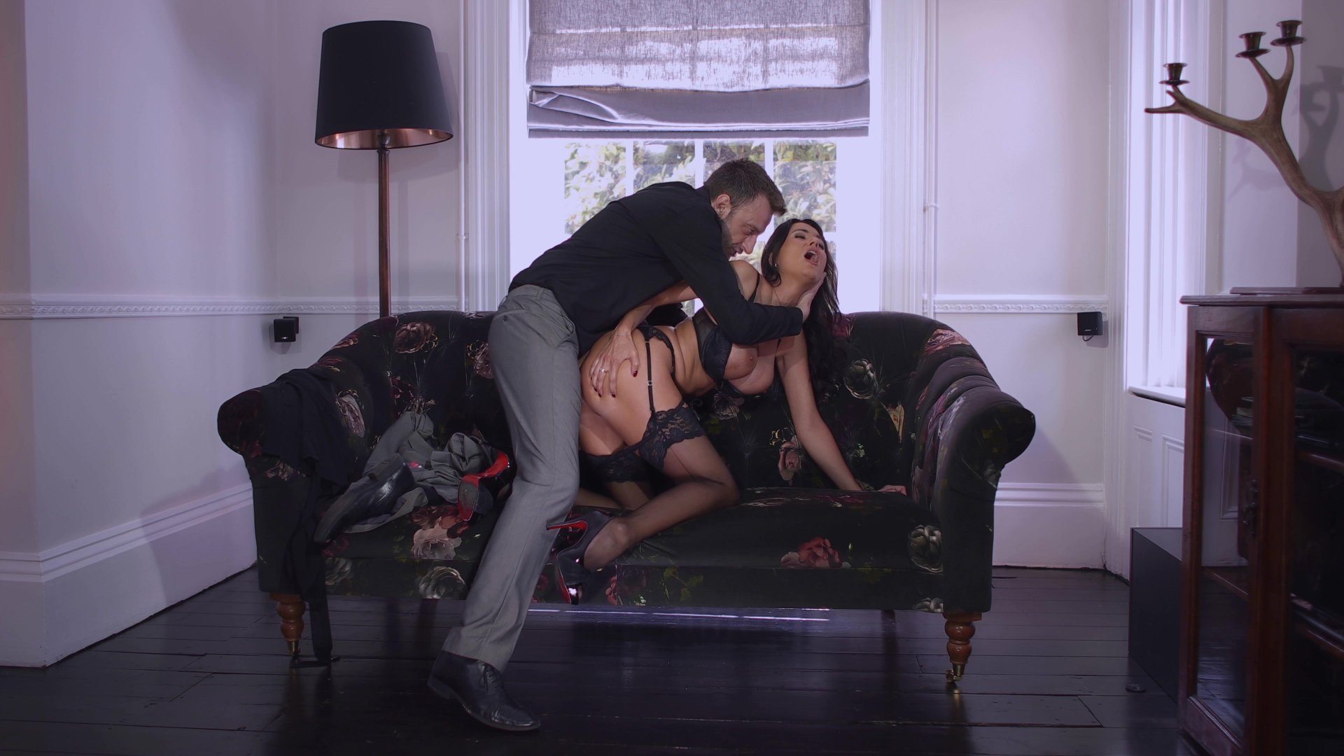 Dark Haired Beauty in Black Stalkings Takes It up Her Ass Length: 22 min