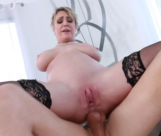 Free Video Preview Image 7 From Milf Squirt Vol 2