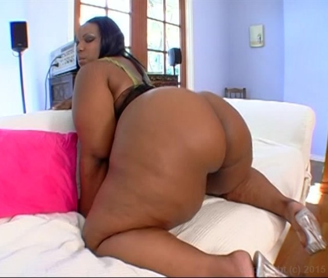 Free Video Preview Image 2 From Miss Big Black Booty Magazine