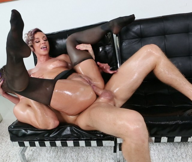 Free Video Preview Image  From Big Wet Asses