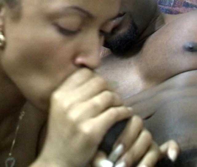 Free Video Preview Image 3 From Karrine Steffans Super Head