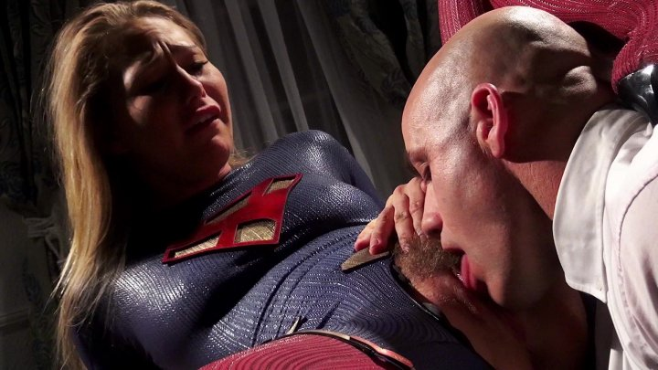Supergirl Gives Lex Luther Her Advice and Her Pussy Too Starring: Carter Cruise
