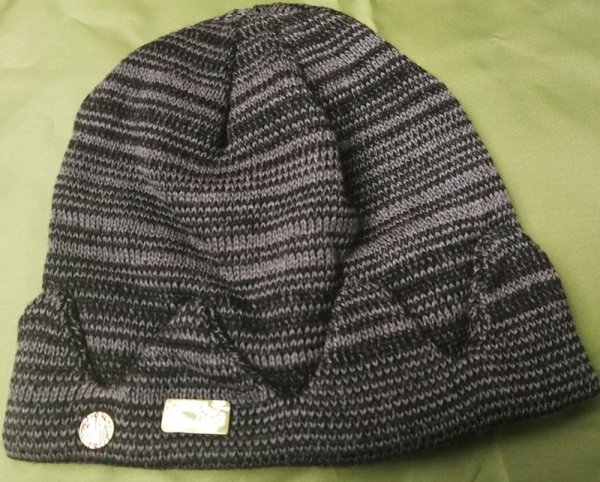 In stock Jughead Jones Riverdale Cosplay Beanie Hat Hot Topic Exclusive Crown Knitted Cap 2