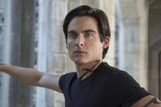 Kevin Zegers as Alec