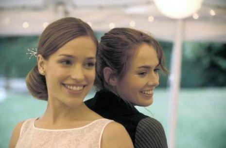 Piper Perabo as Rachel and Lena Headey as Luce - 2
