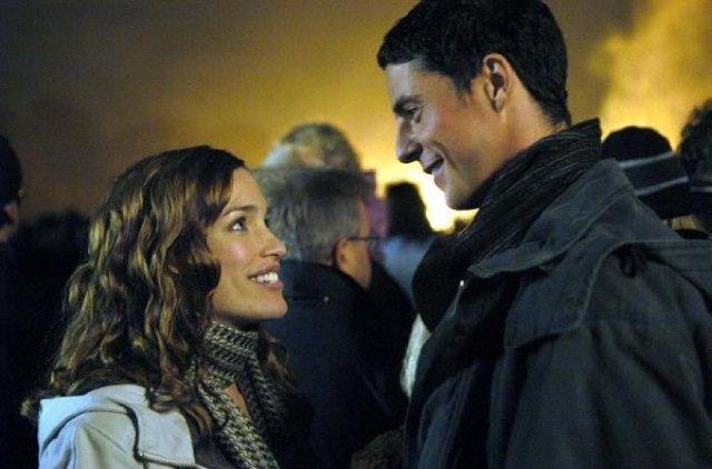 Piper Perabo as Rachel and Matthew Goode as Heck
