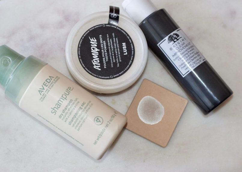 travel-beauty-powder-cosmetics-charcoal