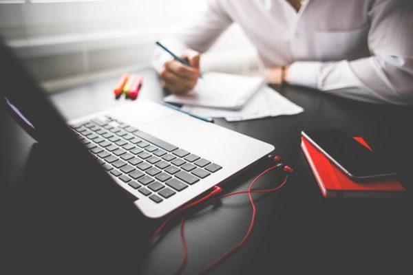 Comment rédiger une convention de formationen ligne ?