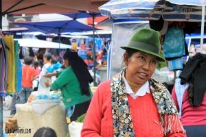 Otavalo_Market_2