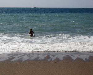 S takes a dip in the ocean