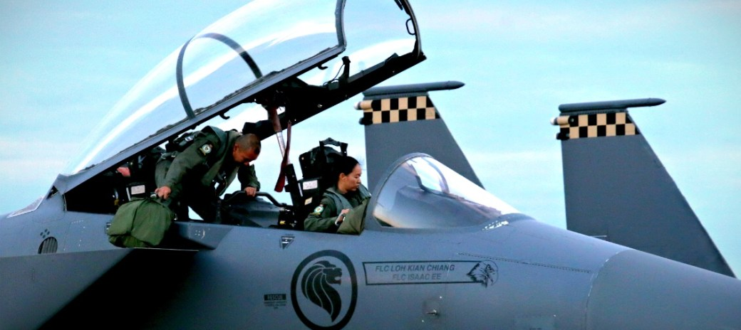 RSAF Fighter & Transport Pilots. Making the transition